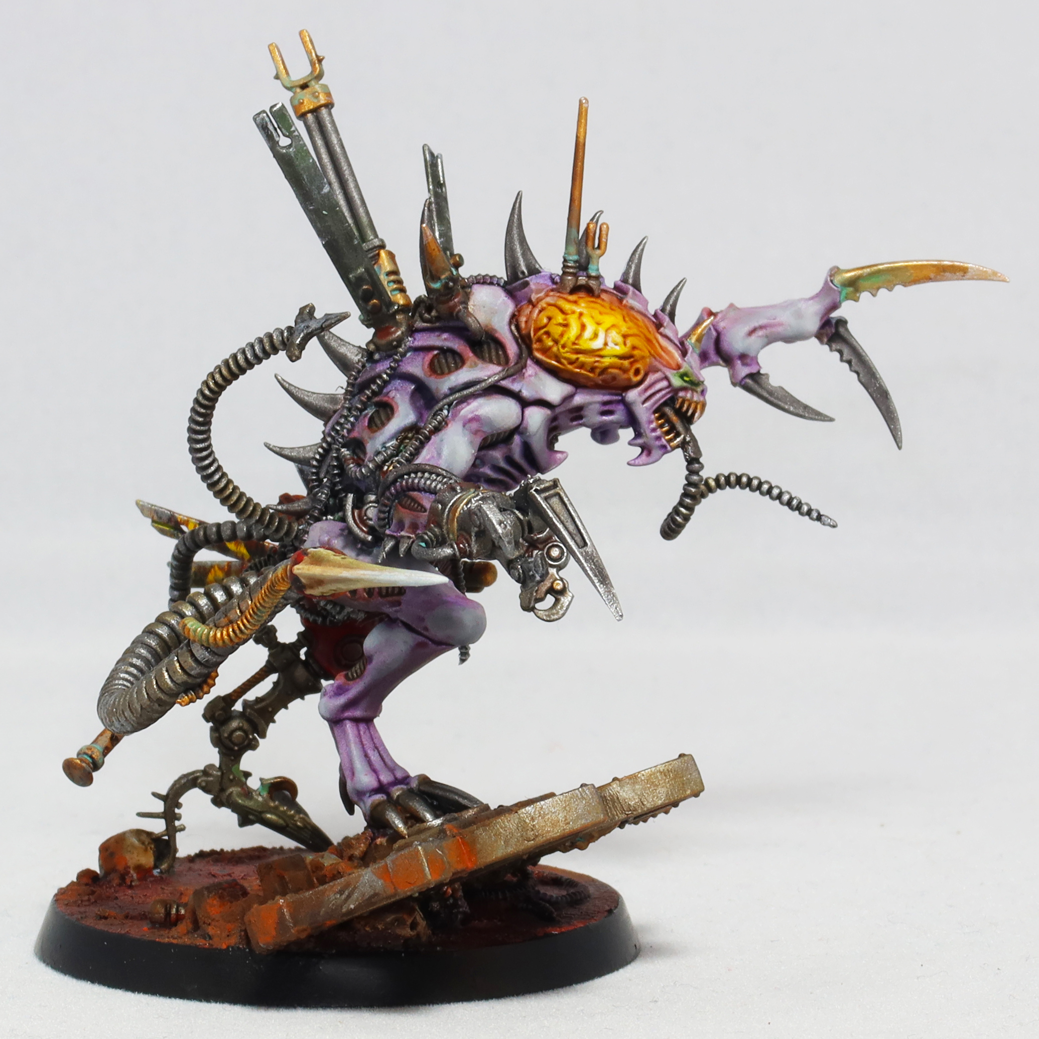 Broodlord Sideview